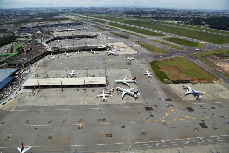 Fotografia Aérea do Aeroporto Internacional de Guarulhos - GRU