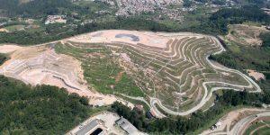 Fotos Aéreas do acompanhamento da ampliação do aterro sanitário de Guarulhos - SP - Embrafoto